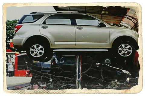 Alat Pengangkat Mobil