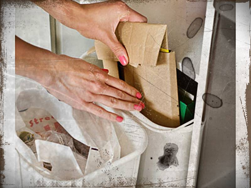 Tempat Sampah Dapur Minimalis