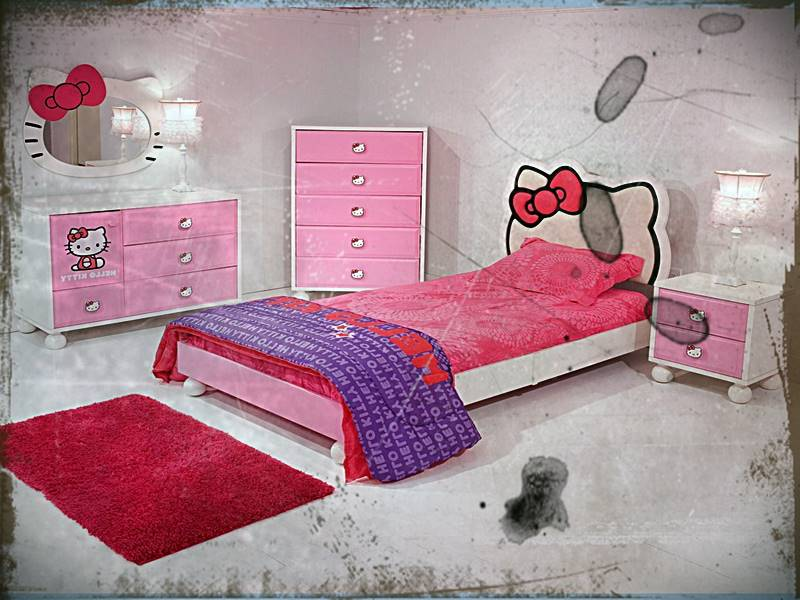 Desain Interior Kamar Tidur Anak Hello Kitty
