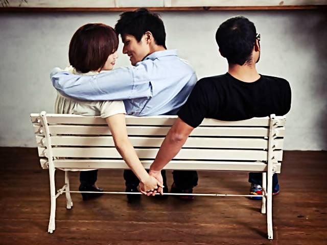 Arti Mimpi Melihat Pacar Selingkuh - Teman, Mantan, Putus, Orang Lain